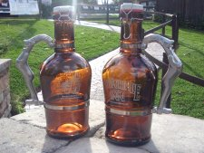 Newportville Inn Beer Growlers Are Here!